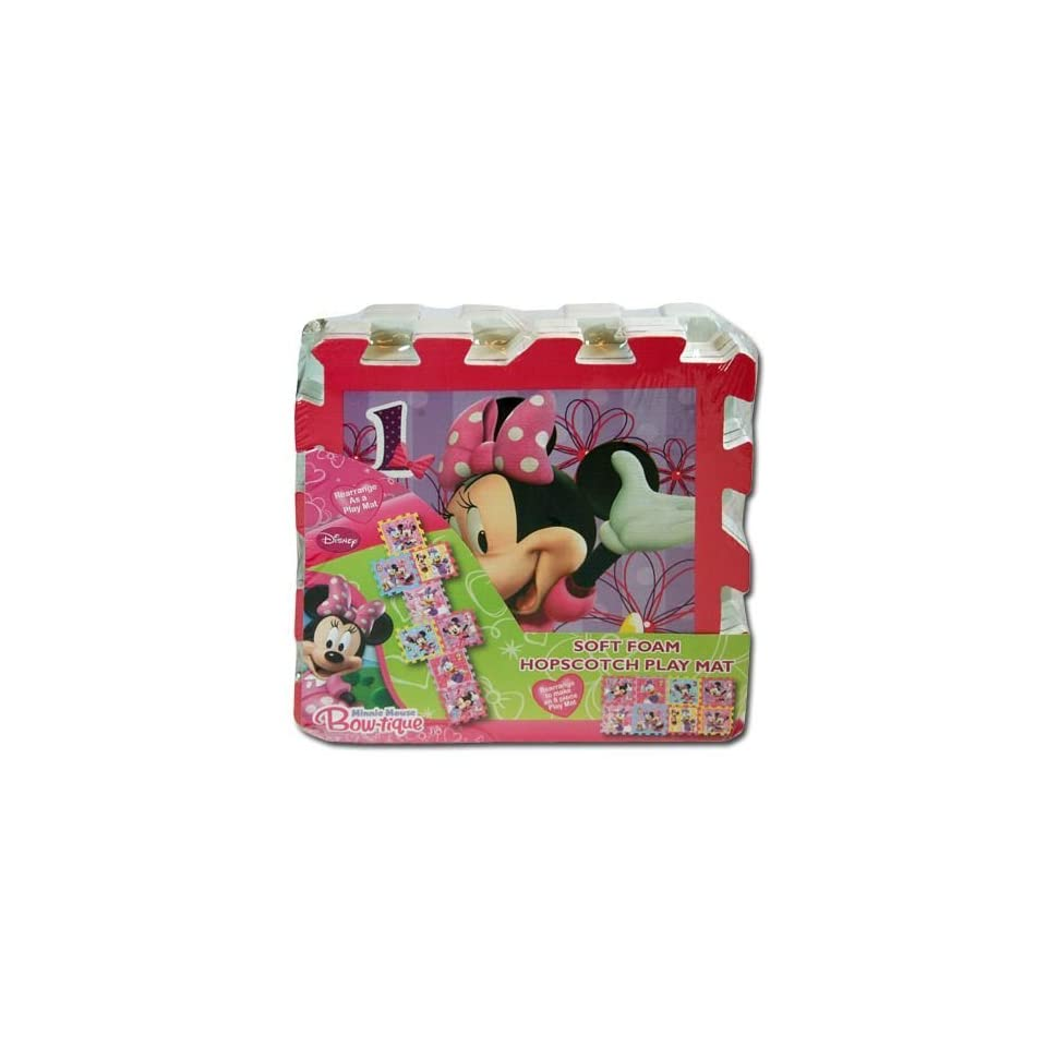 Features Disneys Minnie Mouse And Daisy Duck Disney Minnie