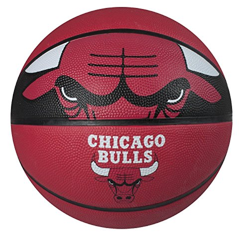 Spalding NBA Courtside Team Outdoor Rubber Basketball Chicago Bulls Official NEW kuangmi sporting goods basketball pu training game basketball ball indoor outdoor official size 7 military sporit series netball