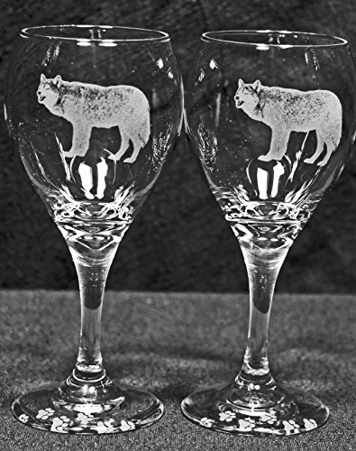 North American Gray Timber Wolf Laser Etched Wine Glass Set (2, TDW)