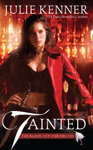 Tainted (THE BLOOD LILY CHRONICLES), Buch