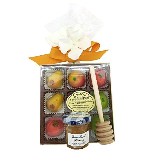 Apple and Honey for Rosh Hashana Sweet New Year