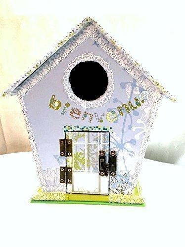 maison-doiseau-nichoir-decoratif-carton-fait-main-boite-cartonnage-decoree-bleue-porte-avec-charnier