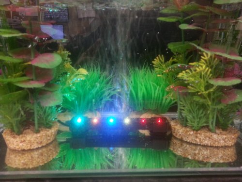Monster Pets Led Light With Bubble Wall, 6.4-Inch, Multi Color