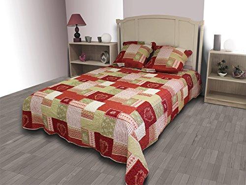 couvre lit boutis jusqu 80 pureshopping. Black Bedroom Furniture Sets. Home Design Ideas