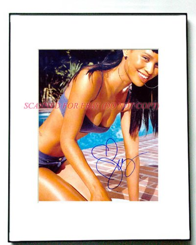 JOY BRYANT Signed BOOB BUSTIN Autographed Photo UACC RD