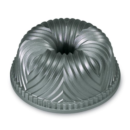 Three Piece Nordic Ware Bundt Cake Pan
