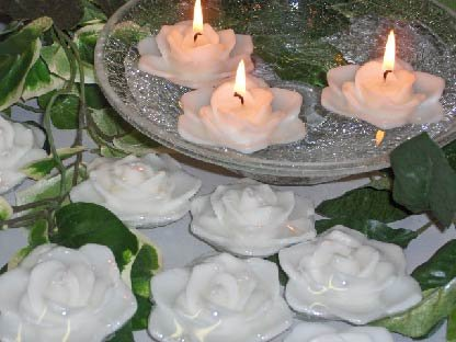 Gardenia Flower Floating Candle - Scented - White - Set of 3