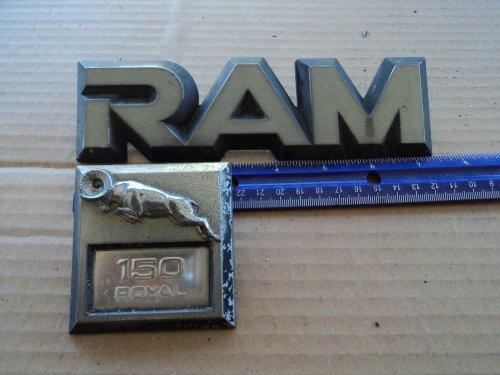 Dodge Ram 150 Lh Side Fender Emblem Badge Decal Nameplate 81-86 Set Of 2