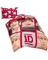 One Direction copain simple housse de couette parure de lit. 135cm x 200cm. Les couleurs rouge et blanc avec 1 x 48cm x 74cm taie d'oreiller.