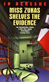 Miss Zukas Shelves the Evidence (Miss Zukas Mysteries)