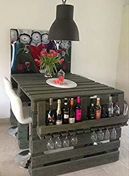 Escritorio con estante botellero/vasos, silla incluye