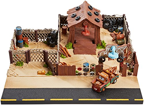 DisneyPixar-Cars-Maters-Towing-and-Salvage-Playset-and-Vehicle