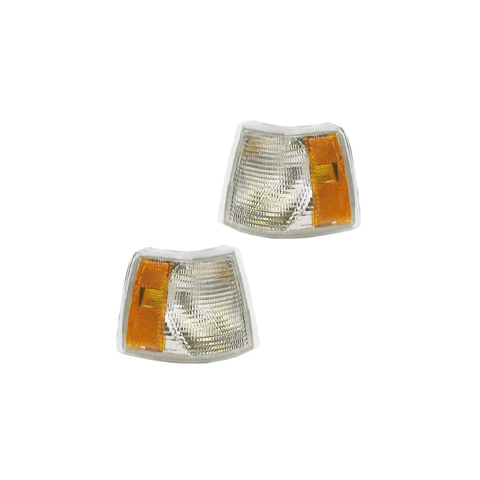 1993 1997 Volvo 850 Park Corner Light Turn Signal Marker Lamp (with dual bulb socket type) Set Pair Right Passenger AND Left Driver Side (1993 93 1994 94 1995 95 1996 96 1997 97)