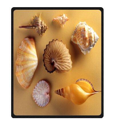 Seashell Throw Blanket front-1033043