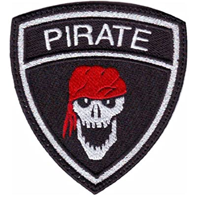 Pirate Crest Badge (B) Flag Embroidered Sew On Patch