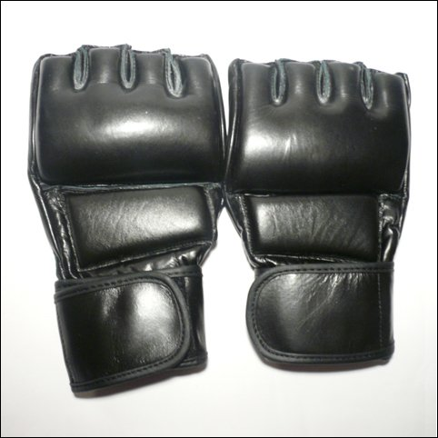 MMA LEATHER GRAPPLING / SPARRING FIGHT GLOVES - UFC DESIGN - BLACK / MEDIUM - FREE DELIVERY