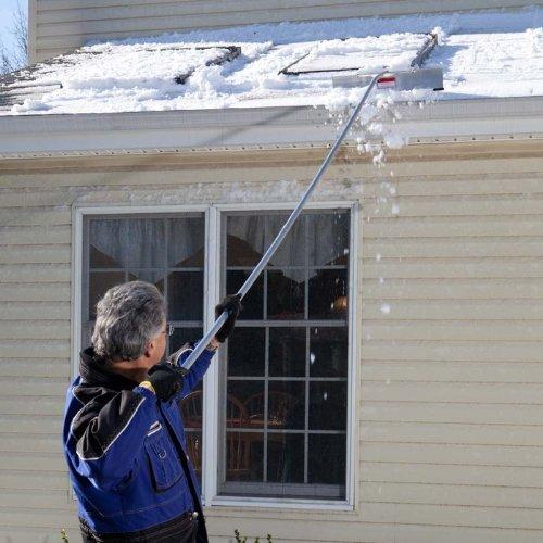 Review Snow Joe RJ200M 16-Foot Aluminum Snow Roof Rake