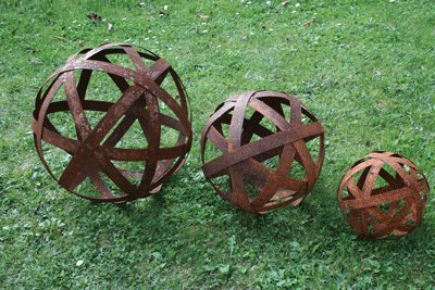 Rustikale deko gartenkugel dekokugel edelrost 40cm for Gartenskulpturen metall rost