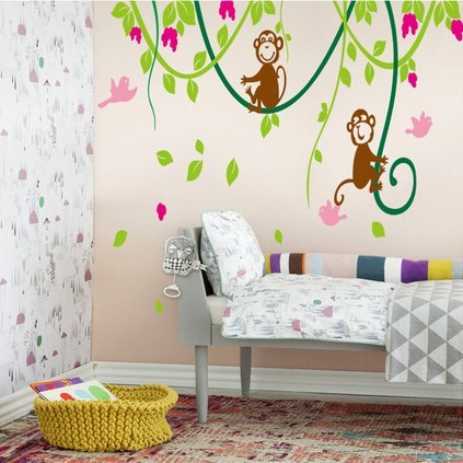 Monkey Themed Bedroom front-509511