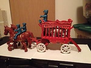Original Kenton Overland Circus Cast Iron Horse & Wagon Polar Bear