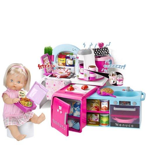 Famosa 700010857 - Nenuco Puppe Küche mit Kühlschrank,