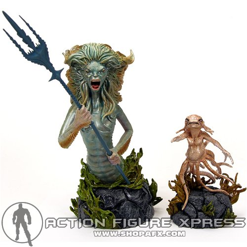 Picture of Gentle Giant Harry Potter Exclusive Merperson Mini Bust with Grindylow Statue by Gentle Giant Figure (B000TAL3AW) (Harry Potter Action Figures)