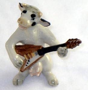 COW HOLSTEIN B & W Band plays Flying V ELECTRIC GUITAR New MINIATURE Porcelain Figurine KLIMA K676D
