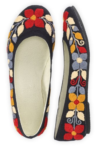 Guie Shoes Winter Floral Hand Embroidered Ballet Flats