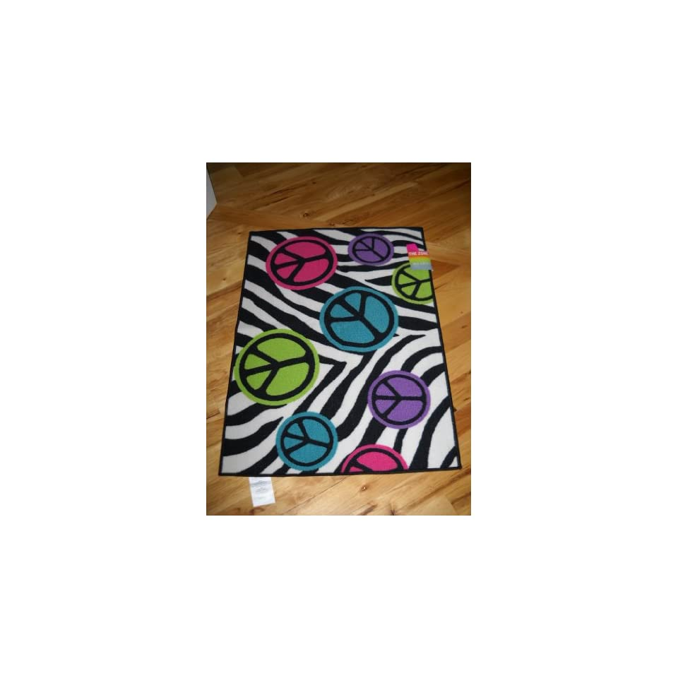 Peace Sign Bedroom Accessories: Bedroom Decor Peace Signs With Zebra Stripe Throw Rug Teen