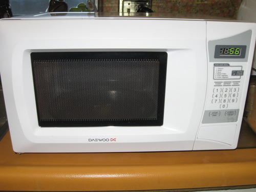 Cheap Daewoo Kor6l0b 0 7 Cu Ft 600 Watt Compact