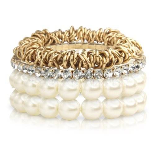 Set of 2 Pearl Bracelets, diamante bracelet and Gold links of london Style Bracelet. Arrives in a Pretty Gift Bag.