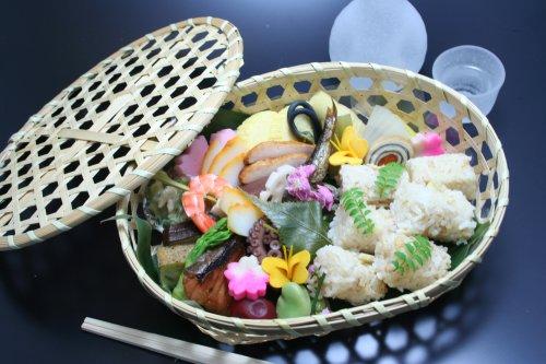 京料理 矢尾卯 季節の行楽弁当「竹籠弁当」