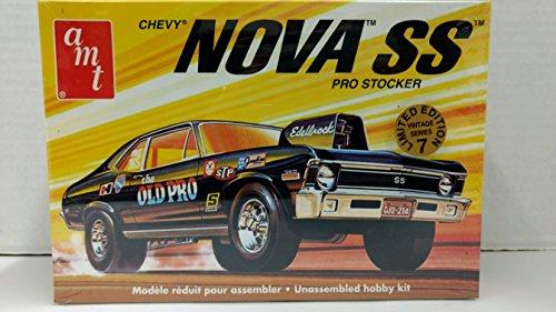 AMT 30106 1972 Chevy Nova SS Pro Stocker