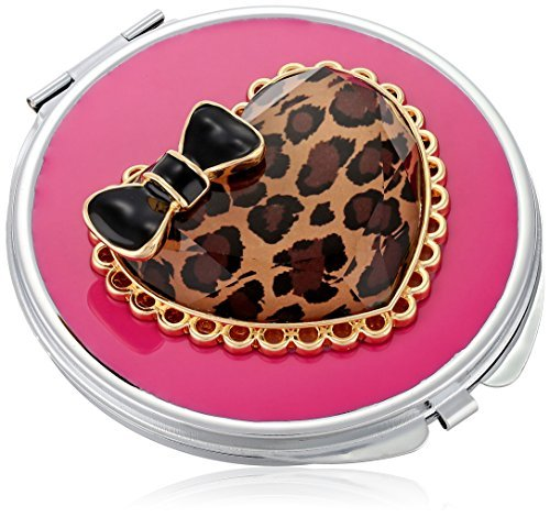 betsey-johnson-womens-gifting-hostess-leopard-heart-compact-leopard-compact-by-betsey-johnson