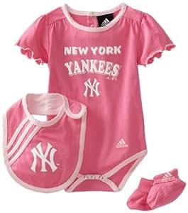 MLB Infant New York Yankees Girls Pink Bib & Bootie Set (Dark Pink, 12mos)