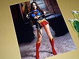 特大写真SP、ミーガン・フォックス、スーパーマン風