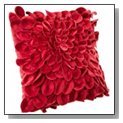 Starburt Petals 16-Inch Red Throw Pillow