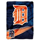 Caseys Distributing 8791834405 Detroit Tigers 60 in. x 80 in. Royal Plush Raschel Throw Blanket- Speed Design