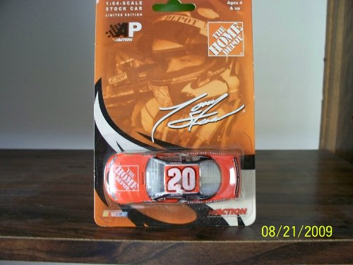 Tony Stewart #20 Home Depot 2004 Action Car