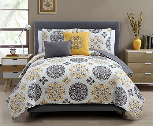 5 pc yellow grey and white quilt set full queen size for Quilted kitchen set