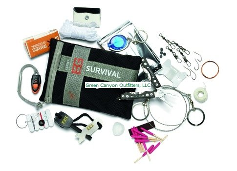 Gerber 31-000701 Bear Grylls Survival Series Ultimate Kit