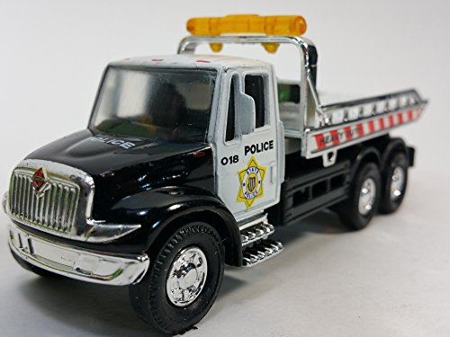 Showcasts Black & White (LAPD Colors) Police Flatbed Tow Truck Functional Rollback Wrecker 1/64 Scale Commercial Vehicle