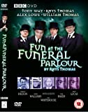 Fun at the Funeral Parlour [DVD]