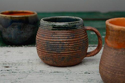 tasse-ceramique-peinte-de-glacure-larmes-de-la-mer
