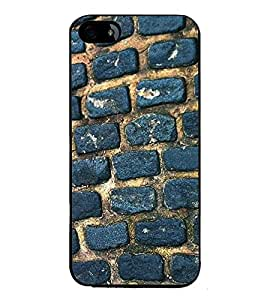 Fuson Premium 2D Back Case Cover Bricks pattern With Multi Background Degined For Apple iPhone 5::Apple iPhone 5S