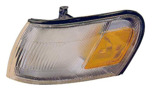 Depo 312-1505R-AS Toyota Corolla Passenger Side Replacement Parking/Corner Light Assembly Style: Passenger Side (RH)