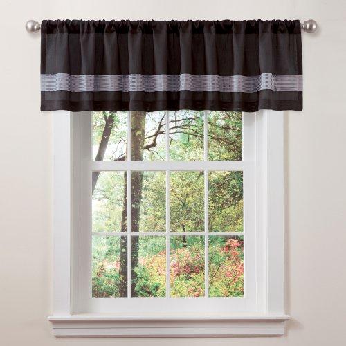 Black Silk Bedding front-1054067