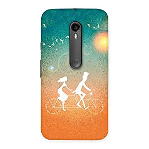 Delighted Cycle Couple Dream Multicolor Back Case Cover for Moto G3