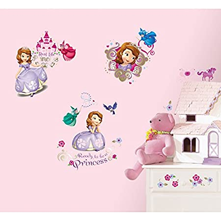 Delight your little one with these charming Sofia the First wall decals. Any little girl who dreams of becoming a real life princess will love reliving Sofia's story with these stickers on her walls. Like all RoomMates, these decals are fully removab...