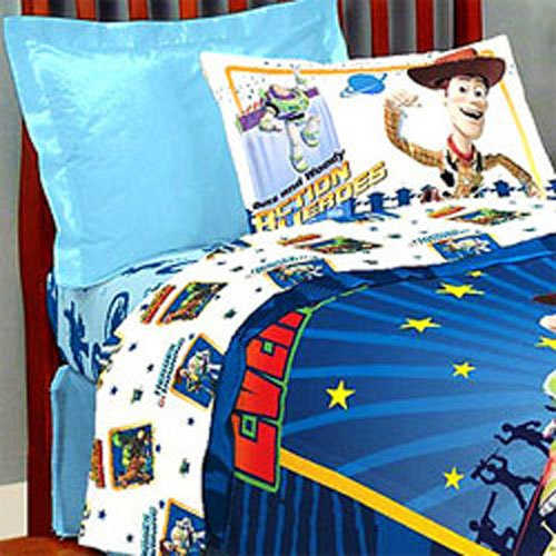 Toy Story Protecting Toys Full Comforter and Sheets